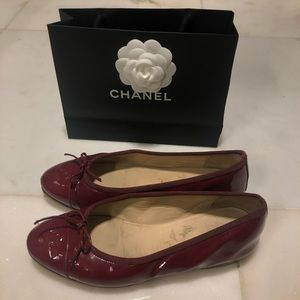 CHANEL Logo Red Flats